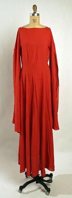 Dinner dress Madeleine Vionnet (French, Chilleurs-aux-Bois 1876–1975 Paris) Date: ca. 1935 Culture: French Medium: silk Dimensions: Length a...