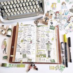 EEEEK! I need a typewriter pronto! Love this by @makememoriestoday⠀ ⠀ | planning | bullet journal | bullet journaling | journaling | bujo | bujo junkie | bujo junkies | planner | bullet journal junkies | bullet journal junkie |