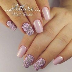 Having short nails is extremely practical. The problem is so many nail art and manicure designs that you'll find online Fabulous Nails, Gorgeous Nails, Pretty Nails, Nail Art Arabesque, Nagellack Trends, Elegant Nails, Fancy Nails, Flower Nails, Nail Stamping
