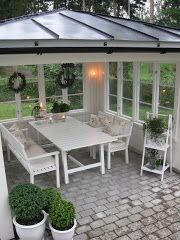Vitt hus med vita knutar: En liten vrå...