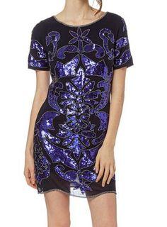 #christmas #dress#love #instawow #in #Showroom #outlet #lookdecarrie C.C. Monteclaro Pozuelo de Alarcón  #multimarca  #tienda #ccmonteclaro #Bloggers #fashion #vogue #elle #estilo #model #moda #look  #fashionbloggers #woman #madrid #loveit #ootd #girlsgeneration #cool #CentroComercialMonteclaro #style #instafashion