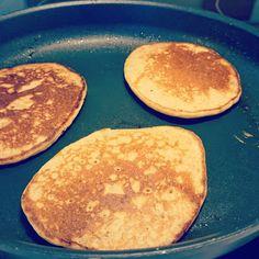 Oppskriftsarkivet: Amerikanske Frokostpannekaker ala Kjartan Kefir, Pancakes, Breakfast, Food, Breakfast Cafe, Pancake, Essen, Yemek, Meals