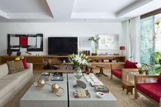 Casa carioca tem ambientes flexíveis