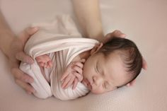 Toronto newborn photographer specializing in babies, maternity and family photography in the greater Toronto area. Newborn Photographer, Family Photographer, Toronto, Photographs, Maternity, Dads, Teen, Poses, Couples
