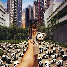 #followmeto the 1600 pandas exhibition in Hong Kong with @yourleo. It is a WWF 1600 papier-mâché panda-mania tour around the world that raises awareness for the endangered animals.  @1600pandas @sklamallrightsreserved #discoverhongkong.