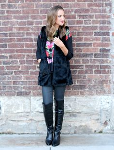 Faux Fur & Florals - Lex What Wear  #blogger #ootd #fashionblogger #styleblogger #styleinspo #outfitideas