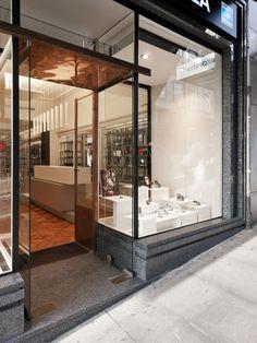 XYZ Arquitectos Associados - Óptica Pupila - Porto - Portugal - interior design - optical store