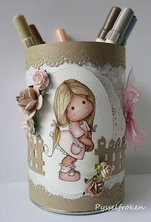 Aluminum Can Crafts, Tin Can Crafts, Diy And Crafts, Paper Crafts, Recycled Tin Cans, Recycled Crafts, Belle And Boo, Craft Projects, Projects To Try