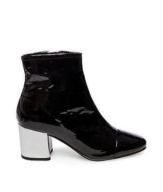 2b716899aff5 CECIL  STEVE MADDEN. Shoe BoxSteve MaddenShoe GameWomen s Shoes