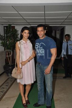 Salman Khan and Jacqueline Fernandez at Sidharth's party 13