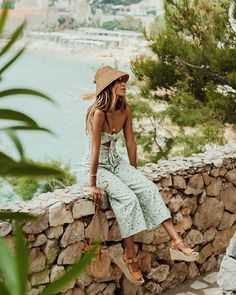 Spring outfits, spring style, vacation outfits, vacation style, sincerely j Spring Summer Fashion, Spring Outfits, Trendy Outfits, Cute Outfits, Style Summer, Wedges Outfit, Boho Fashion, Fashion Outfits, Woman Outfits