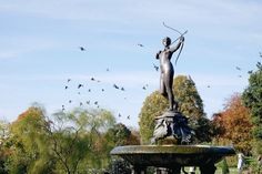 Autumn in London by Amé Story - Saturday exploration in Hyde Park Autumn Tale, Hyde Park, Liberty, Statue, Explore, London, Travel, Political Freedom, Viajes