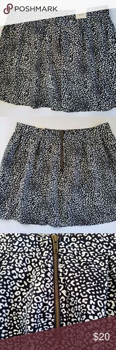 """NWT{AEROPOSTALE} Juniors Leopard Mini Skater Skirt Size: Extra-Large Color/Design: Black and White Leopard Style: Skater, Mini Materials: 100% Polyester  Measurements (approximate) Waist (laying flat): 17"""" Length: 17"""" Width at Bottom (laying flat): 32""""  Condition: New With Tags. Mark on Tag, Doesn't effect wear.    PLEASE CHECK MEASUREMENTS TO ENSURE PROPER FIT!  I am a smoke-free, Dog-friendly home! Aeropostale Skirts Circle & Skater"""