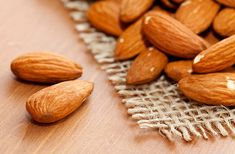 Masks with almond oil for body and hair are very popular in the cosmetic industry. Almond oil as an amazing product with excellent emollient properties Almond Oil Hair, Almond Oil Uses, Oily Skin Treatment, Top 10 Home Remedies, Nutrition, Face Hair, Hair Oil, Skin Care Tips, Healthy Skin