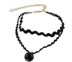 Pin for Later: You Won't Want to Pack Away Your Summer Dresses When You See Kate Beckinsale in This   Romwe Gothic Style Black Rope Pearl Choker Necklace ($7)