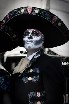 Day of the Dead costume, Los Angeles by amircheff, via Flickr