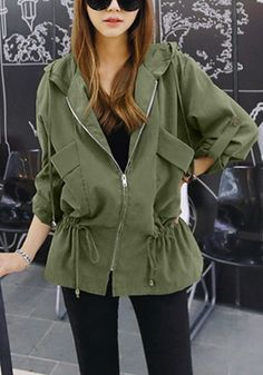 Fancy a rebel chic style? This army green drawstring jacket is the perfect accessory to wear with your grungy outfit. Casual Day Outfits, Jeans Refashion, Studded Denim Jacket, Coats For Women, Jackets For Women, Iranian Women Fashion, Hippy Chic, Safari Jacket, Designs For Dresses