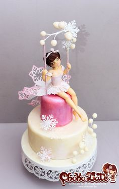 Swing Winter Bird Cake by ChokoLate