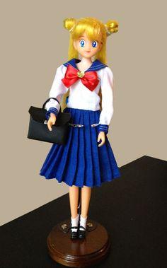 Sailor Moon Usagi SeiFuku Doll by aleena Sailor Moon Y Darien, Sailor Moon Usagi, Sailor Moon Toys, Sailor Moon Girls, Cristal Sailor Moon, Nerd Merch, Pop Figurine, Sailor Moon Aesthetic, Anime Nerd