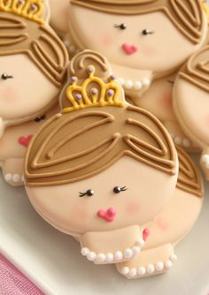 Princess face cookies by Sugarbelle