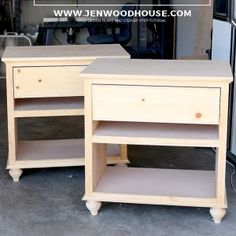 How to build a DIY nightstand - building plans by Jen Woodhouse (Diy Furniture Plans) Diy Furniture Building, Diy Furniture Plans, Small Furniture, Farmhouse Furniture, Furniture Projects, Home Projects, Home Furniture, Furniture Stores, Bedroom Furniture