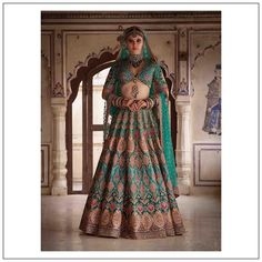 Find top trending and unique Sabyasachi Lehenga Designs for your dream bridal look. Best bridal lehenga designs by Sabyasachi for 2020 weddings. Sabyasachi Lehenga Bridal, Indian Bridal Lehenga, Indian Bridal Outfits, Red Lehenga, Bridal Dresses, Lehenga Blouse, Lehenga Wedding, Wedding Mandap, Wedding Hijab