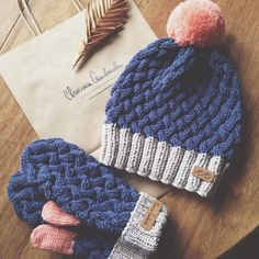 Organic cotton and wool hat and mittens