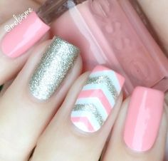 """Artistic and stylish, Single Chevron Nail Vinyls can really help that plain manicure """"pop"""". Find your angle with our simplest and trendiest nail vinyl! Exteriors can be used as a Single Chevron Nail S"""