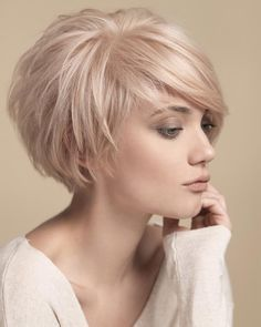"""Short Cropped Hairstyles for Fine Hair [ """"Layered Bob Haircuts 2015 - 2016 Bob Hairstyles 2015 - Short Hairstyles for Women"""", """"Looking for a new fresh bob hairstyles? Here we have rounded Layered Bob Haircuts 2015 - 2016 for you to get inspirational ideas Blonde Bob Hairstyles, Haircuts For Fine Hair, Cool Hairstyles, Cropped Hairstyles, Layered Hairstyles, Pixie Haircuts, Curly Hairstyle, Medium Hairstyles, Hairstyle Ideas"""