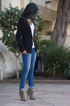 24 Stylish Winter Outfits for Any Occasion. I can make this outfit I have all the pieces!: