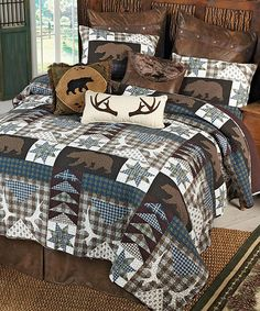 Barrington Cotton Quilt Rustic Quilt Bedding Decorate Your Lodge Bedroom With The Barrington Quilt This Patchwork Quilt Features A Radiating Pattern With Scalloped Edging And Detailed Triple Border Bed Quilts, Quilt Bedding, Lodge Bedroom, Hunting Bedroom, Bedroom Furniture, Bedroom Decor, Ikea Bedroom, Furniture Market, Furniture Ideas