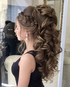 50 Attractive Wedding Hairstyles for Long Hair – Hair Styles Bride Hairstyles For Long Hair, Quince Hairstyles, Easy Updos For Medium Hair, Up Hairstyles, Medium Hair Styles, Braided Hairstyles, Short Hair Styles, Hair Updo, Hairstyle Wedding