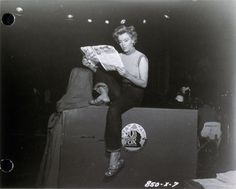 film 1952 - Clash by Night - Page 2 - Divine Marilyn Monroe