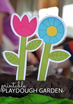 Printable playdough garden from picklebums Spring Activities, Craft Activities For Kids, Preschool Activities, Crafts For Kids, Diy Crafts, Preschool Garden, Playdough Activities, Kindergarten, Spring Theme