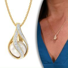 This breathtaking pendant features a magnificent 8 mm freshwater pearl.perfectly round, irresistibly luminous and totally breathtaking. Pearl And Diamond Necklace, Pearl Diamond, Pearl Jewelry, Gold Jewelry, Jewelry Box, Jewelery, Jewelry Accessories, Jewelry Necklaces, Jewelry Design