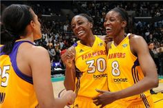Los Angeles Sparks forward Nneka Ogwumike inherits Kristi Toliver's role of last-second hero, hitting a runner with 2.1 seconds in regulation to give the Sparks a 67-65 win over the Seattle Storm.