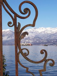 visited Lake Maggiore a decade ago, one of the beautiful part of north italy , warm facing the sublime beauty of the Alps. Great Places, Places To See, Beautiful Places, Italian Lakes, Great Hobbies, Northern Italy, Adventure Is Out There, Alps, Italy Travel