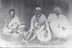 Most of Shirdi Sai Baba Real Photos : Original Pictures in High Resolution. Sai Baba Pictures, Sai Baba Photos, God Pictures, Indian Goddess, Goddess Lakshmi, Rare Images, Rare Photos, Lord Balaji, Om Sai Ram