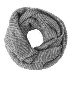 Food, Home, Clothing & General Merchandise available online! Chunky Knit Scarves, Knitting, Winter, Clothes, Fashion, Winter Time, Outfits, Moda, Clothing
