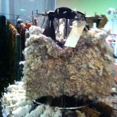 Handspun art yarn knitted into carpet bag by picassosmoonyarn