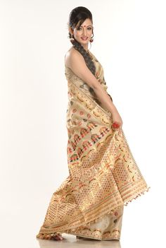 Now your attire needs no back up because the #collection we offer has it all..  Take a look @ http://www.silkalay.com/