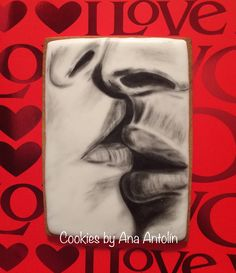 Galleta pintada a mano san valentín #DFondantcakes #cookiesbyanaantolin #galletasanvalentin #galletaenamorados #cookies #galletasglaseadas #galletasdecoradas