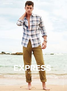 Berry Sleeveless Fit And Flare Shirt Dress Mens Shirt And Tie, Sean O'pry, Express Men, The Fashionisto, Summer Campaign, Spring Summer Fashion, Fit And Flare, Men Casual, Menswear