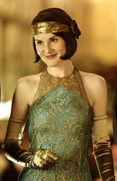 Teal and gold dress Downton Abbey Lady Mary Downton Abbey, Lady Mary, Taking Measurements, Style Simple, Blouse And Skirt, Dress Sewing Patterns, Body Types, That Way, Vintage Designs