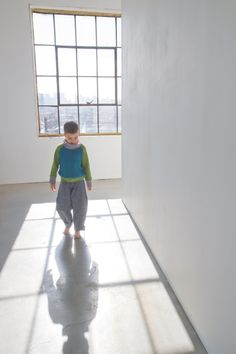 OFF light denim pants for kids hemp organic cotton by Asanoha Cotton Lights, Light Denim, Mild Soap, Fashion Kids, Denim Pants, Diy Clothes, Hemp, Sunny Days, Montreal