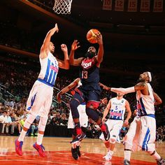 At halftime the #USABMNT leads Puerto Rico 52-47. James Harden leads the way with 7pts, 4rebs and 3asts.