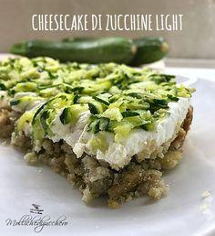 La cheesecake di zucchine light è una rivisitazione salata e leggera della famosissima cheesecake, la torta a base di biscotti e formaggio spalmabile che... I Love Food, Good Food, Yummy Food, Antipasto, Cena Light, Detox Recipes, Healthy Recipes, Savory Cheesecake, Cooking Time