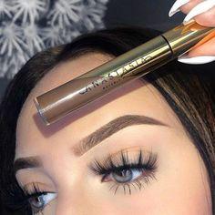 ღ sαℓσмé ∂єsєrτ ღ Beautiful Eyelashes, Lipstick, Hair, Beauty, Lipsticks, Strengthen Hair