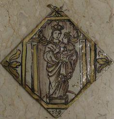 Fecarotta Antichità, mattonella in maiolica Caltagirone inizi del XIX secolo #majolicas #antique #unique #mattonella #style #visitsicily #shoppinginsicily #jewellery  #artandcrafts