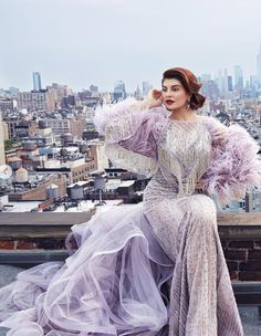 Jacqueline Fernández looking gorgeous Bollywood Celebrities, Bollywood Fashion, Bollywood Saree, Bollywood Actress, Couture Dresses, Fashion Dresses, Lavender Gown, Nude Gown, Reception Gown